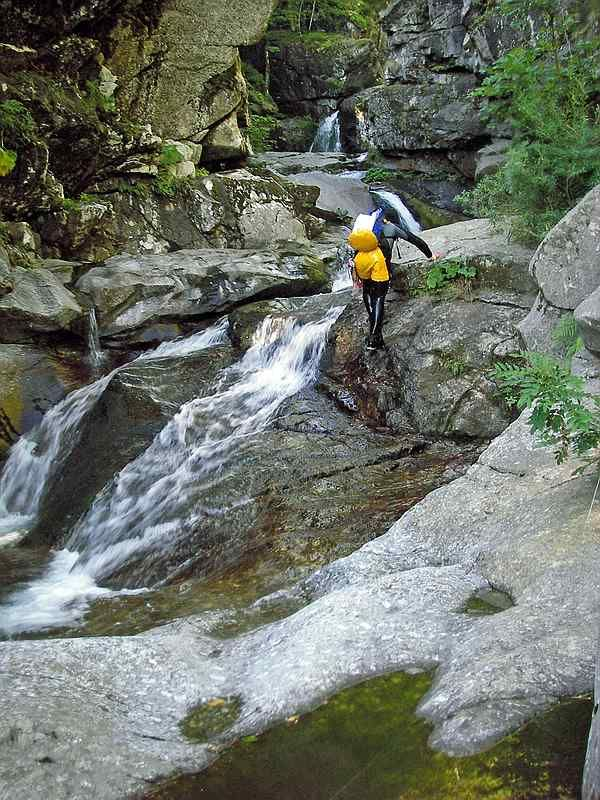 descente-canyon com - photos   tapoul - canyoning